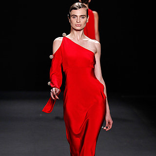 Naeem Khan Runway | Fashion Week Fall 2013 Photos