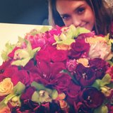 Cash Warren gave a sneak peek of the flowers he gave Jessica Alba for Valentine's Day. Source: Instagram user cash_warren