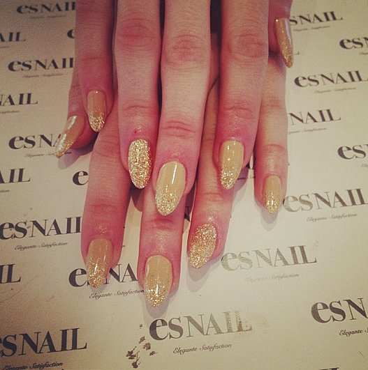 Emma Roberts' Oscar nails! Source: Instagram user emmaroberts6