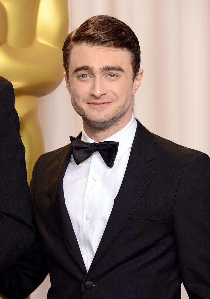 Daniel Radcliffe posed inside the Oscars press room.