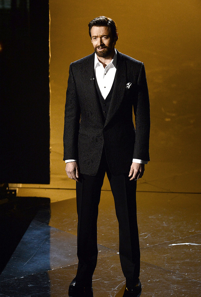Hugh Jackman sang with the Les Misérables cast at the Oscars.