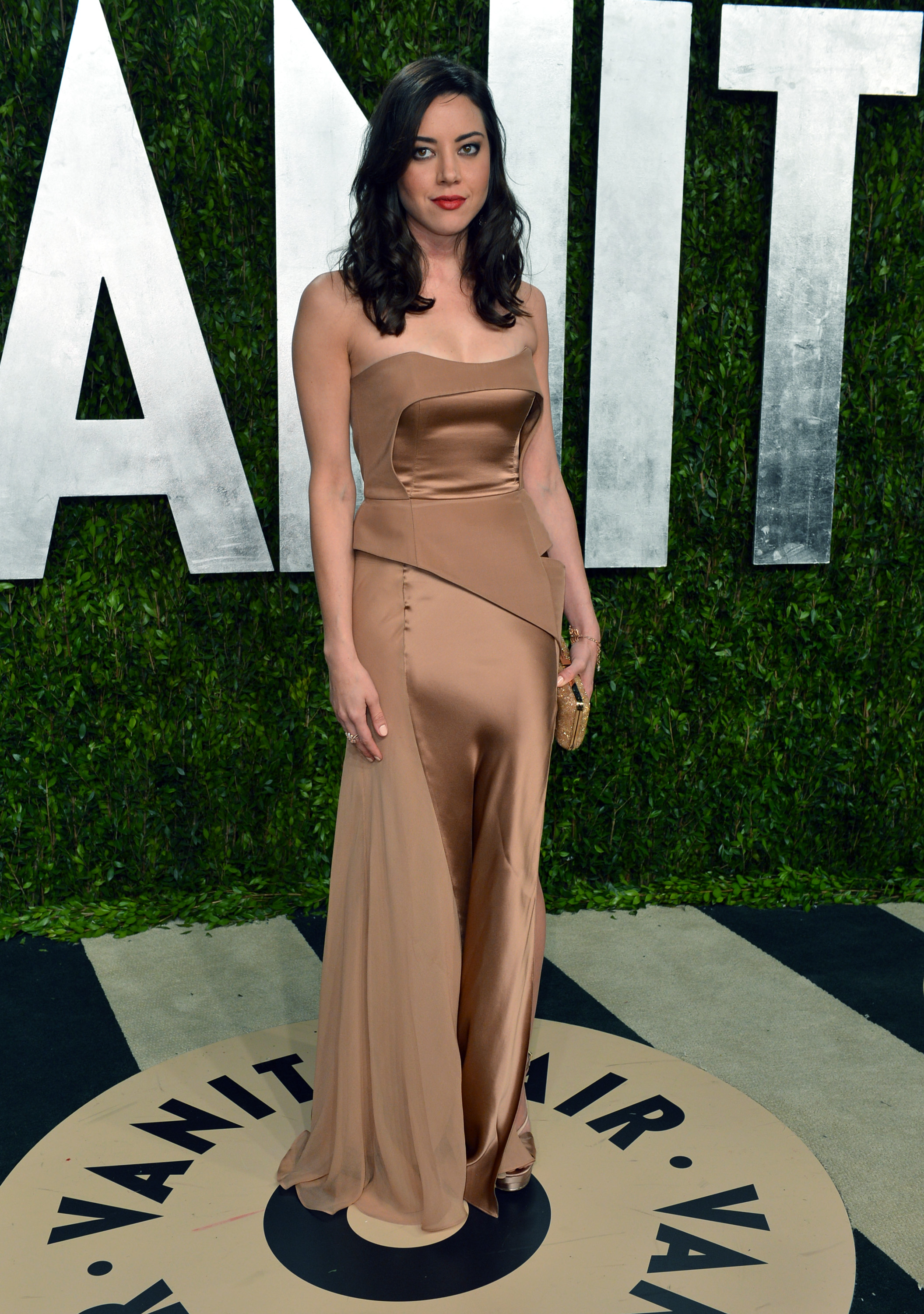Aubrey Plaza arrived at the Vanity Fair Oscar party on Sunday night.