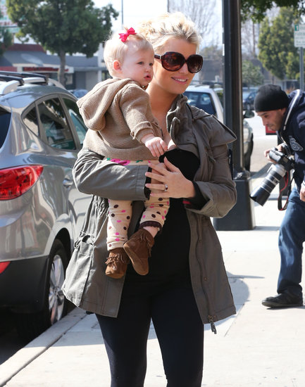 Jessica Simpson smiled as she went to lunch with her daughter in LA.