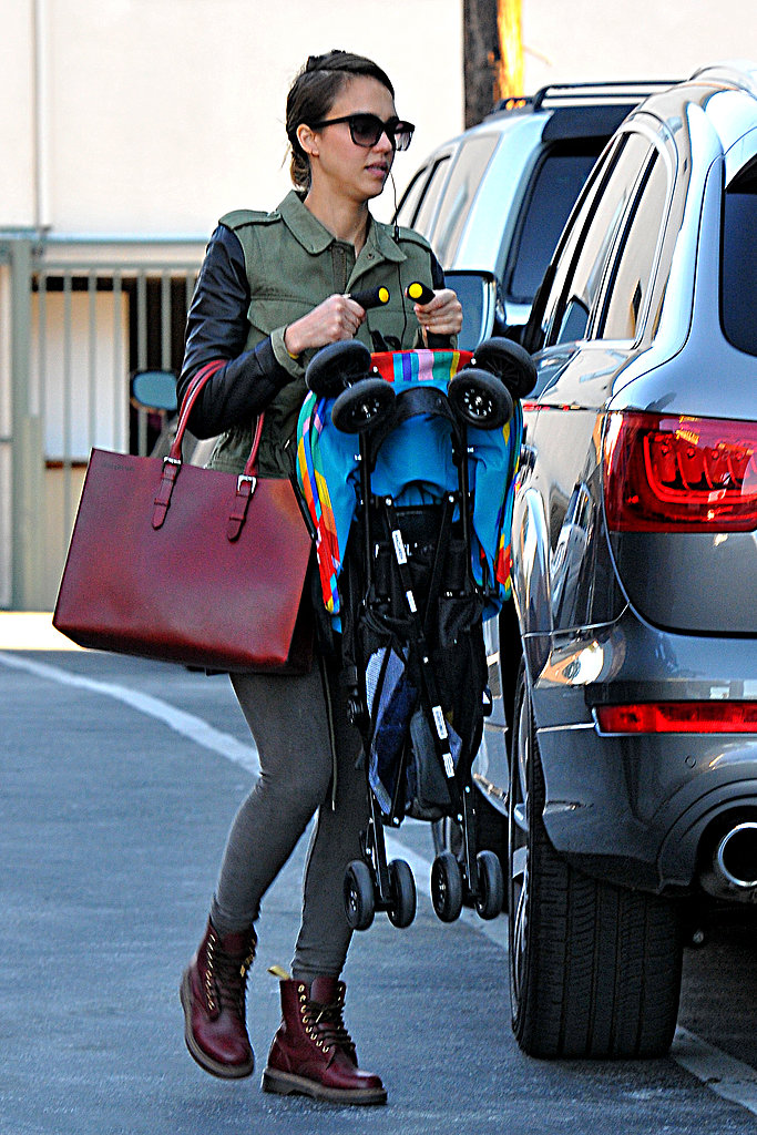 We love the green-and-oxblood color combo Jessica Alba worked while on mommy duty in LA. Up top, she wore a leather-sleeved Sanctuary jacket, on bottom oxblood Doc Martens. Then she finished off with a matching leather tote.