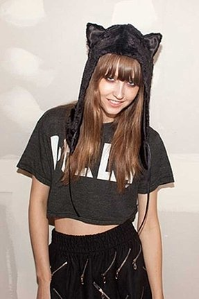 Spirit Hoods Black Cat Half