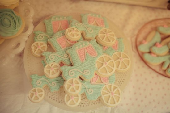 Carriage Sugar Cookies
