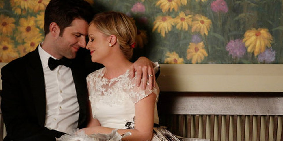 Video: A Parks and Rec Wedding, the First Catching Fire Posters, and More Headlines!