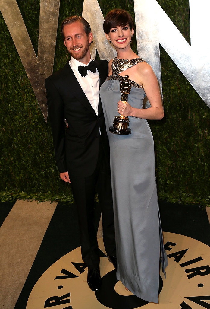 Anne Hathaway and Adam Shulman arrived at the Vanity Fair Oscar party.