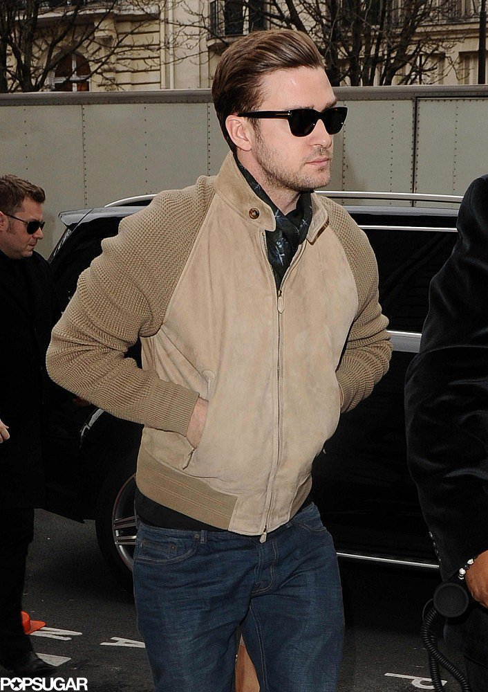 Justin Timberlake Fits In Work on a Paris Vacation With Jessica Biel