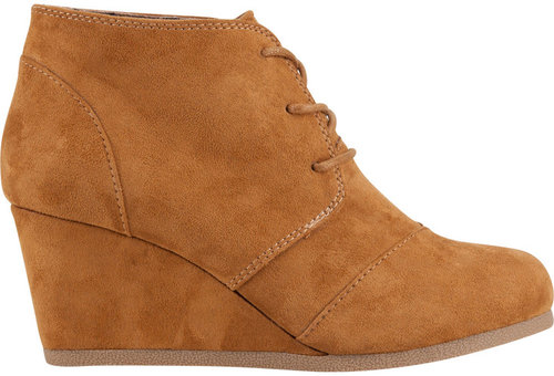 CITY CLASSIFIED Rex Womens Shoes