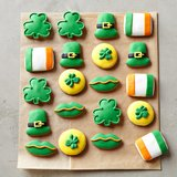 St. Patrick's Day Mini Vanilla Iced Cookies