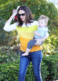 Jennifer Garner held onto her youngest child.