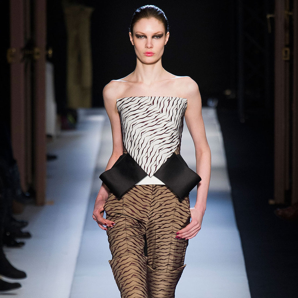 Roland Mouret Runway | Fashion Week Fall 2013 Photos