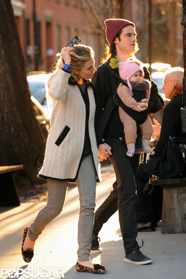 Sienna Miller and Tom Sturridge Have a Beautiful NYC Day With Marlowe