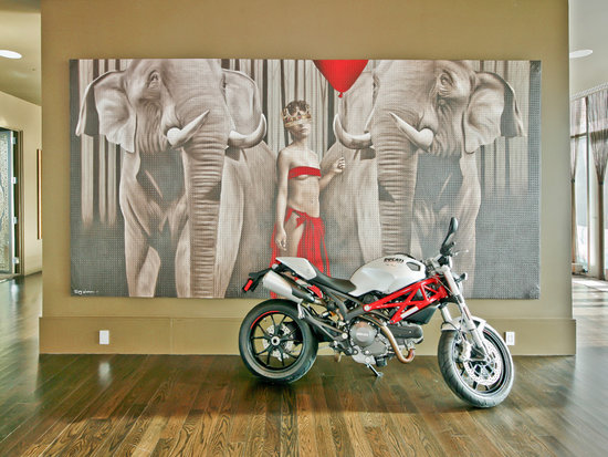 Do you think that the Ducati is included in the sell price? Here's to hoping. Source: Sotheby's