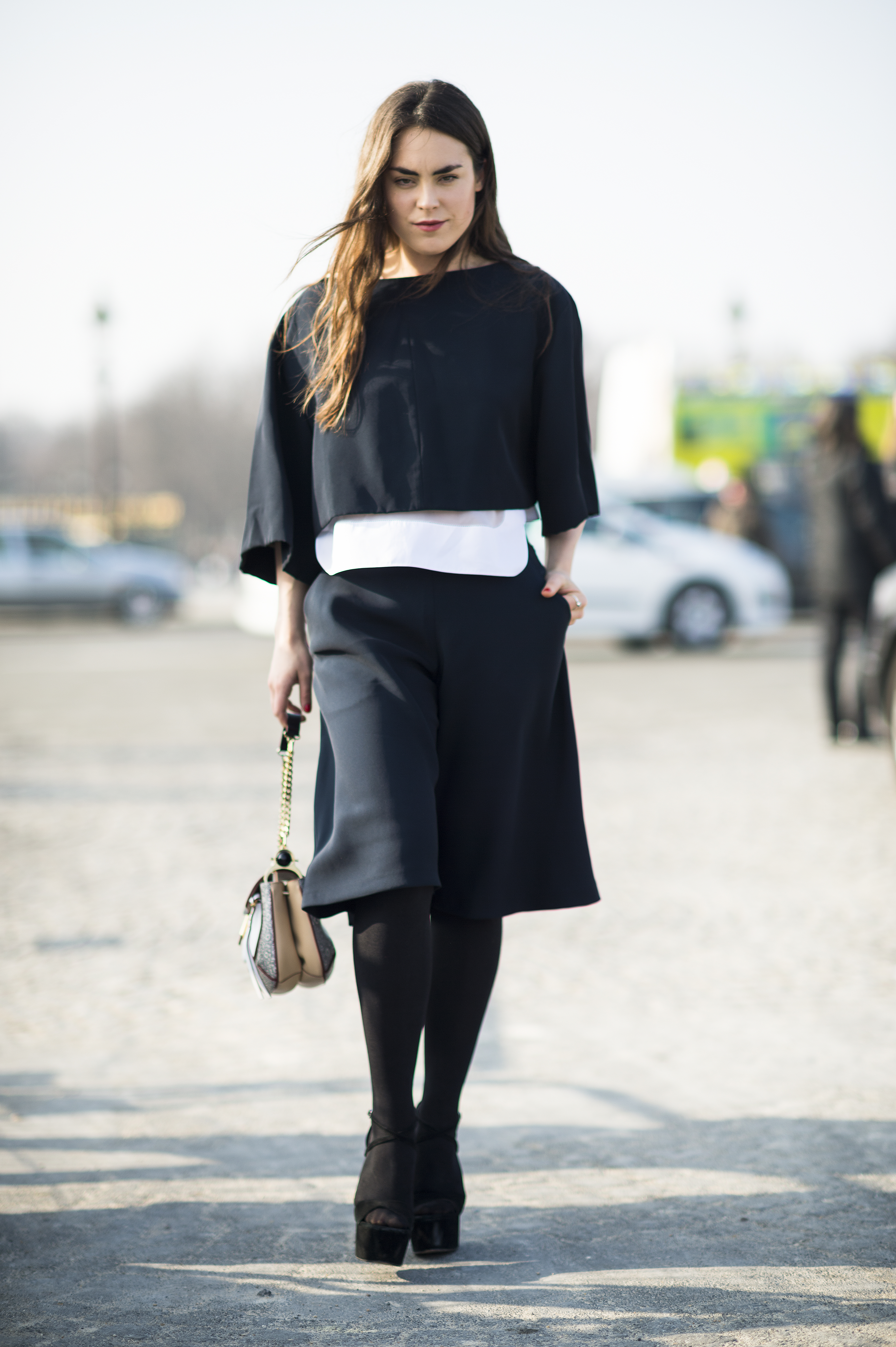 Minimalist Silhouettes In Sharp Cuts Gave This Look More Personailty Tr S Chic The Best
