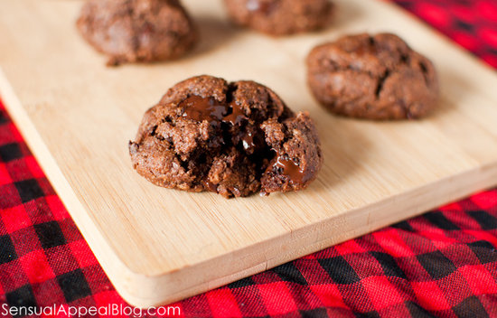 Chocolate Almond Cookies (vegan)