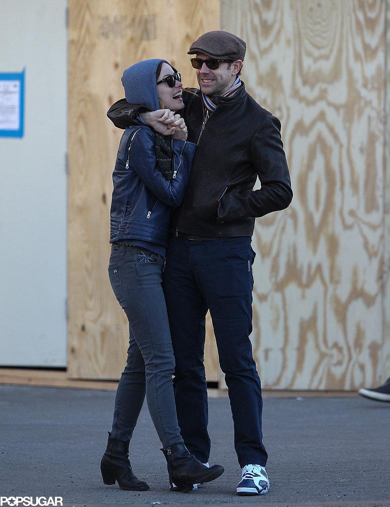 Jason Sudeikis cuddled with Olivia Wilde.