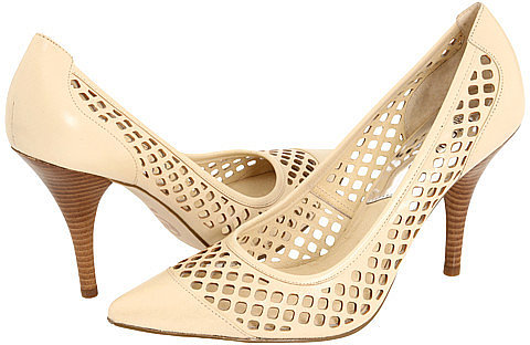 MICHAEL Michael Kors - Colette Pump