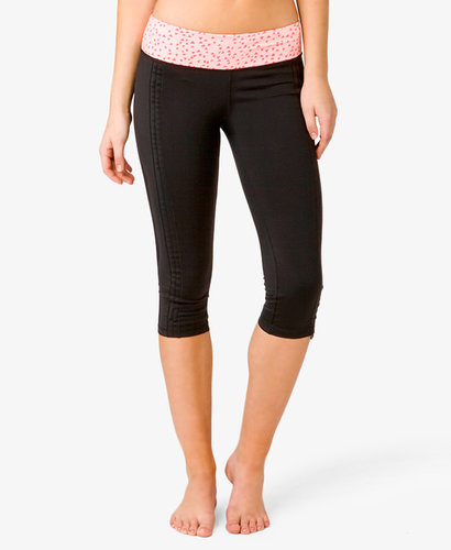 FOREVER 21 Ditsy Triangle Workout Capris