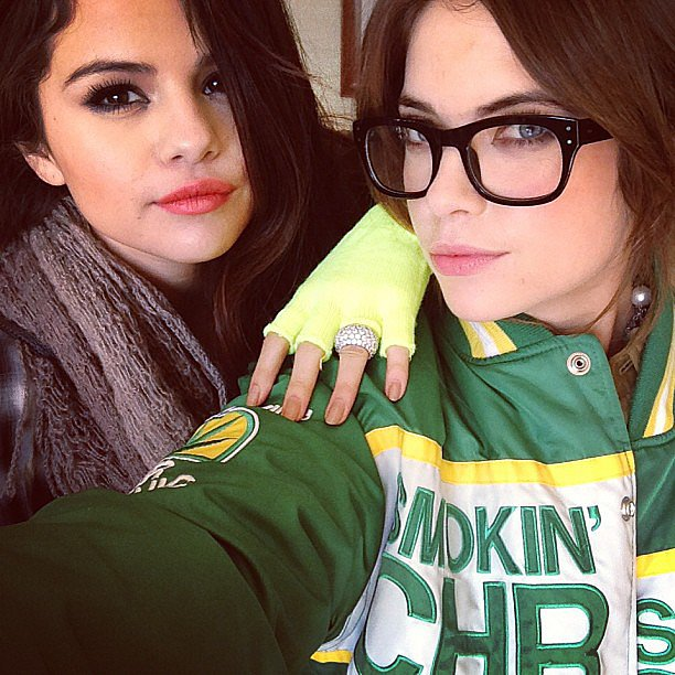 Bold lips, smoky eyes, and nude nails. Selena Gomez and Ashley Benson had all their beauty bases covered. Source: Instagram user itsashbenz