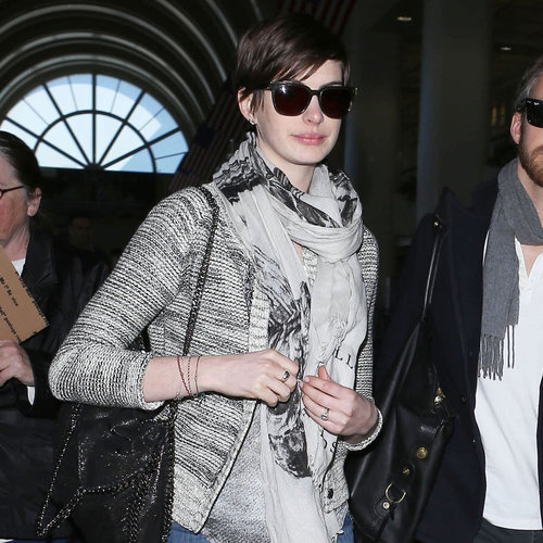 Anne Hathaway Stella McCartney Bag | March 2013