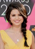 Even though her star was on the rise, Selena maintained her girl-next-door persona at the 2010 Kids' Choice Awards with a messy side braid.