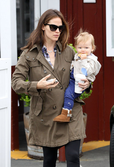 Jennifer Garner juggled her drink and her son, Samuel.