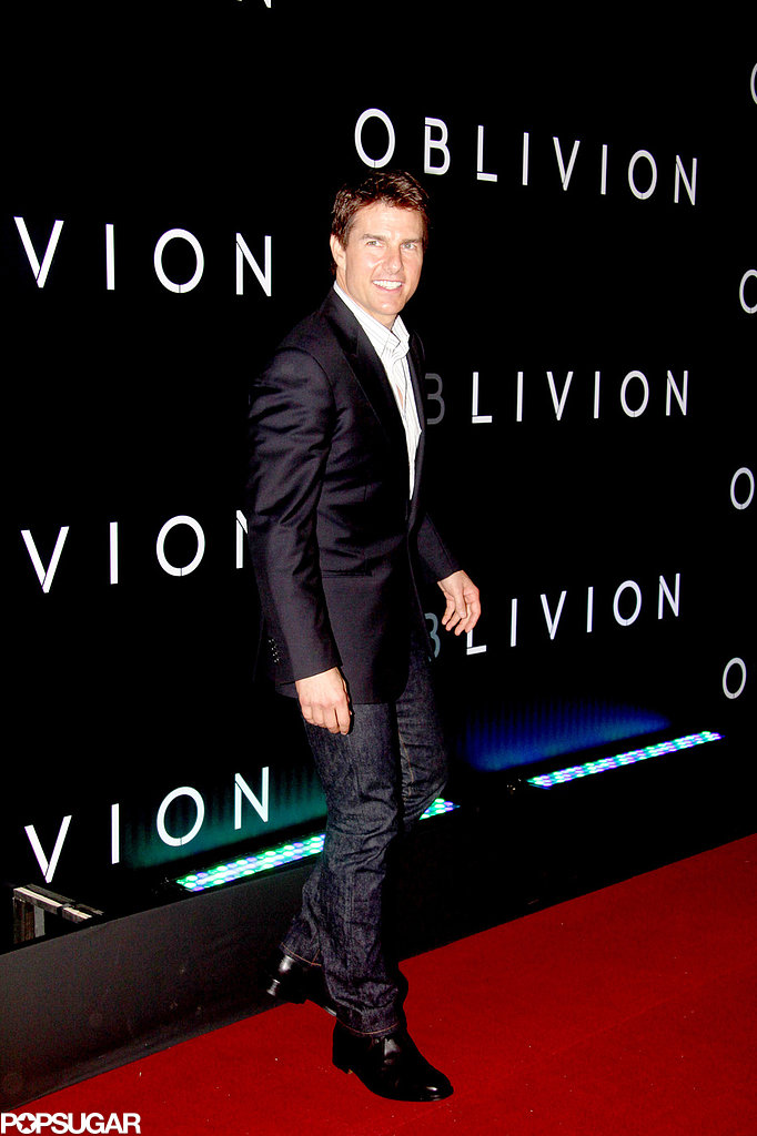 Tom Cruise Takes Oblivion and His Leading Ladies to Brazil