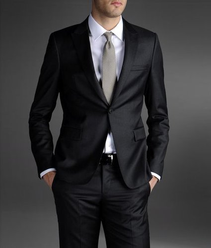 One-Button Suit In Combed Virgin Wool