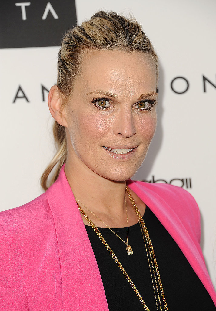 Molly Sims pulled her hair back into a textured ponytail, finishing off her sweet style with a natural-looking makeup palette.