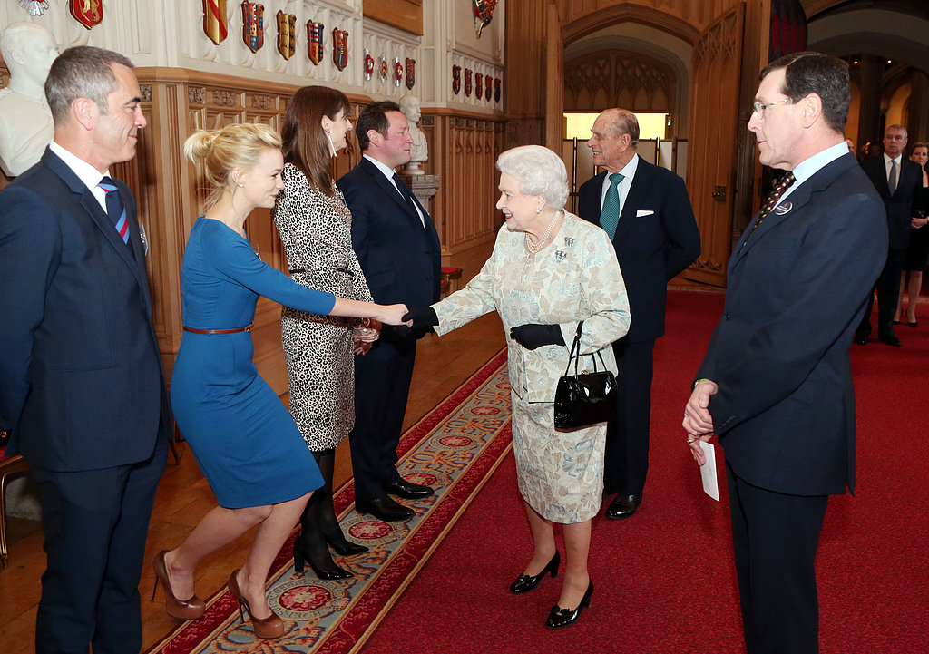 Carey Mulligan greeted the queen.