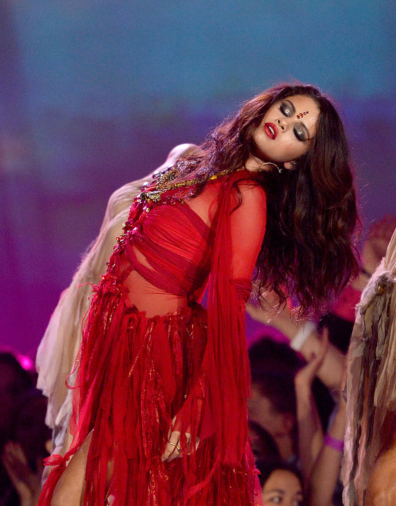 "Selena Gomez took over the stage when she performed her new single ""Come & Get It."""