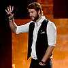 Liam Hemsworth With Beard Pictures at 2013 MTV Movie Awards