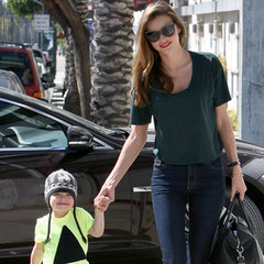 Celebrity News & Pictures: Miranda Kerr, Charlize Theron