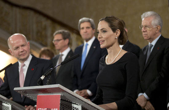 Angelina Jolie spoke about sexual violence against women in conflict at the Foreign Ministers G8 meeting in London.