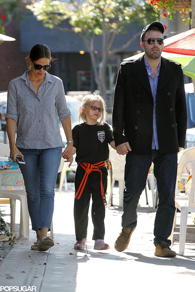 Ben Affleck and Jennifer Garner held hands with Violet.