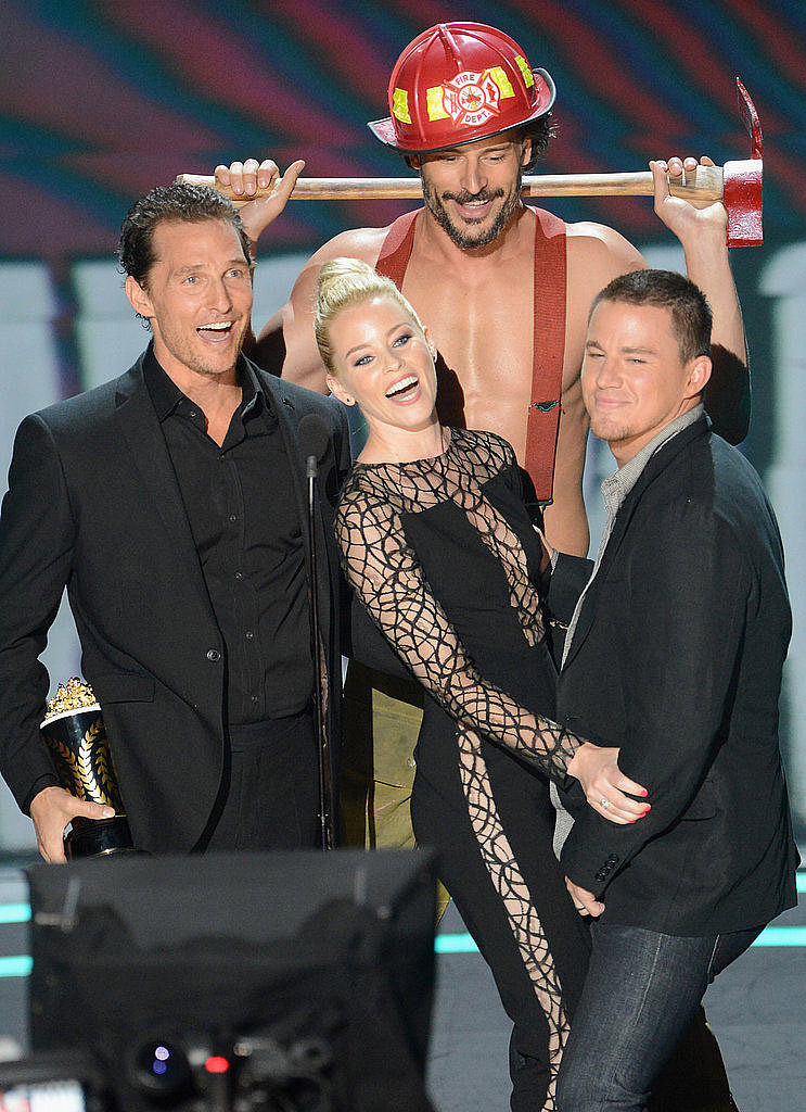 At the 2012 MTV Movie Awards, Elizabeth Banks was surrounded by the Magic Mike crew to present an award.