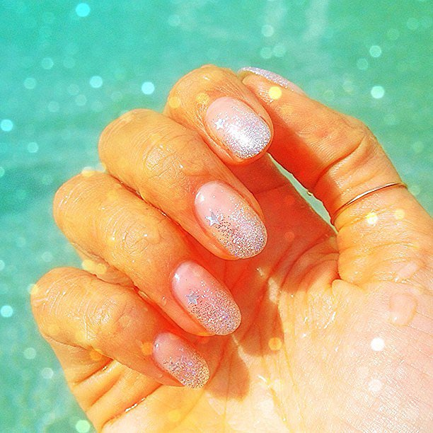 Alessandra Ambrosio shared her star-dusted manicure this past week. Source: Instagram user alecambrosio