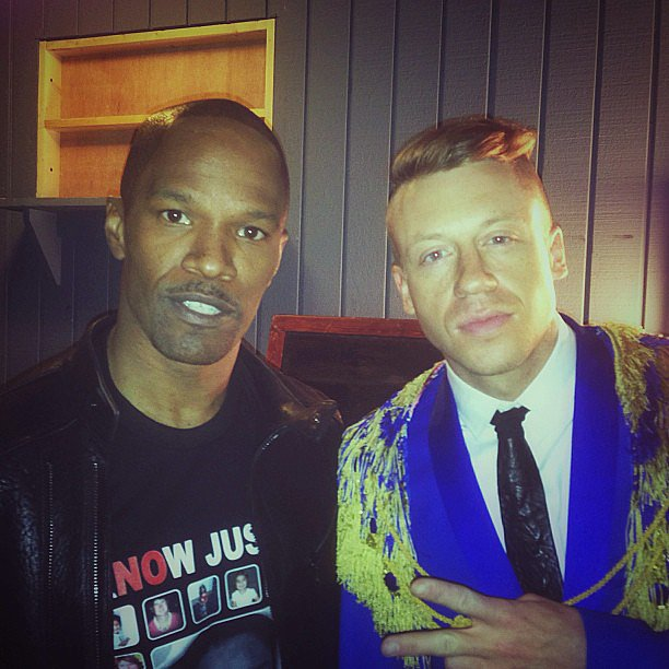 MTV Movie Awards performer Macklemore got some one-on-one time with Jamie Foxx. Source: Instagram user macklemore