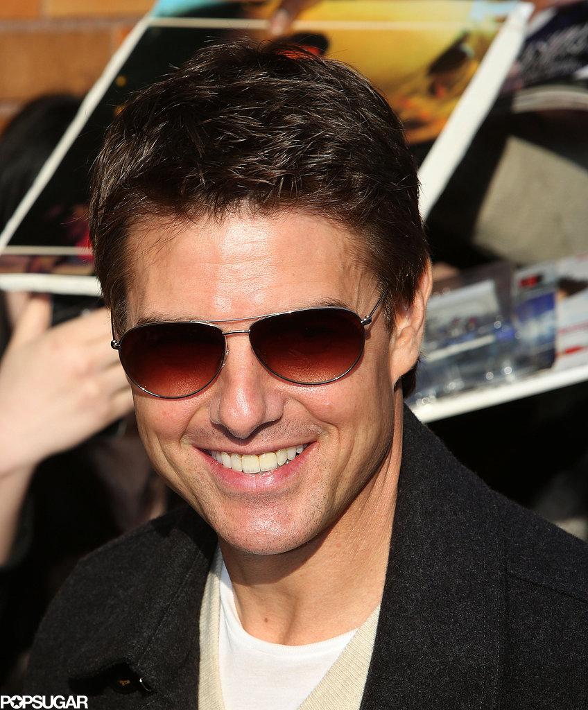 Tom Cruise sported aviator sunglasses.