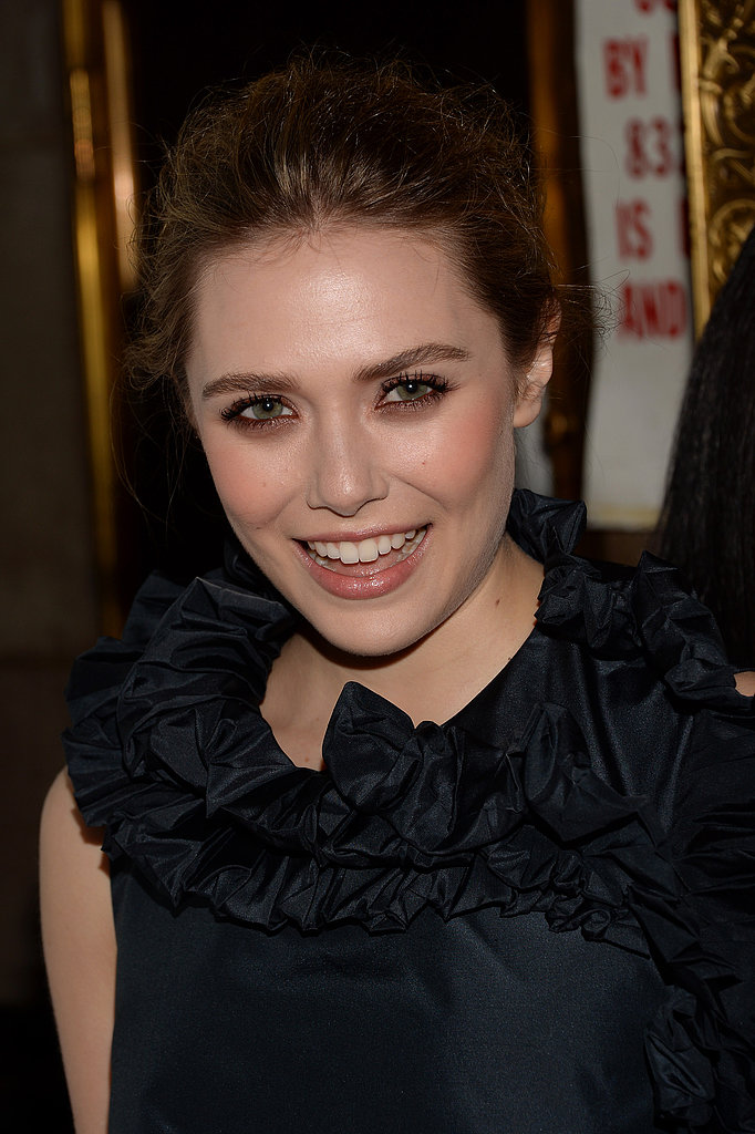 Elizabeth Olsen smiled on the red carpet.
