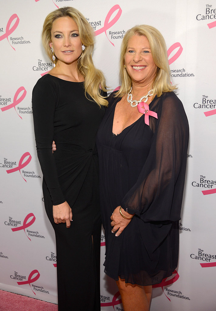 Kate Hudson posed on the pink carpet with Kay Krill, the CEO of Ann Taylor.