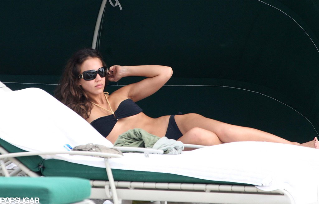 Jessica Alba spent New Year's Eve 2006 on the South Beach shore.