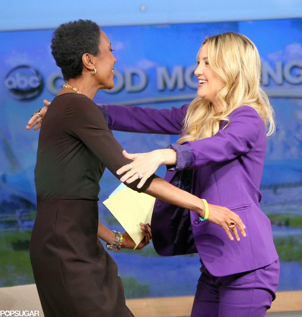 Kate Hudson hugged host Robin Roberts.