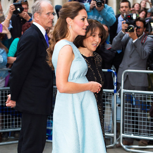 Kate Middleton Pregnancy Style, Baby Bump & Blue Dress