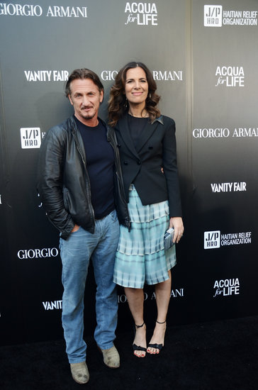 Sean Penn walked the carpet with Roberta Armani.