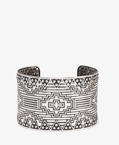 FOREVER 21 Etched Southwestern Cuff