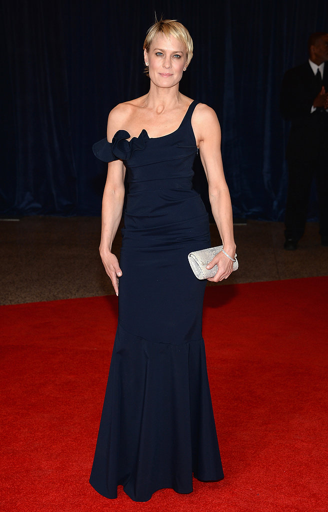 Robin Wright smoldered in a curve-conscious, one-shouldered Rolando Santana Atelier gown and Ivanka Trump fine jewelry.