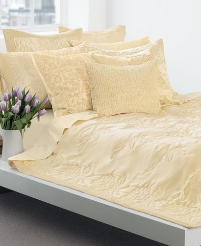 Feminine Bedding